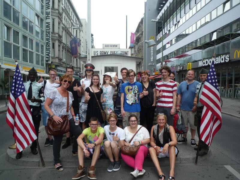 Leerlingen op schoolreis in Berlijn
