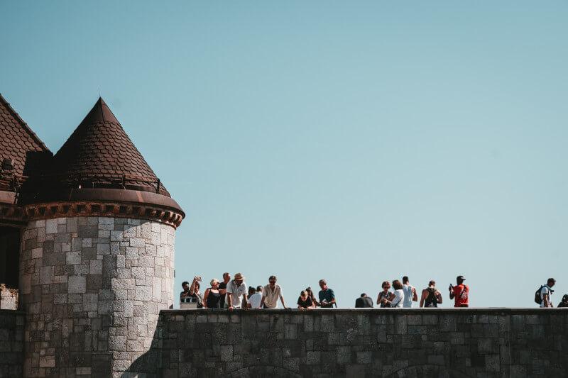 scholieren op schoolreis in Ljubljana